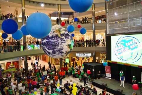 Balloons at Global Youth Day event